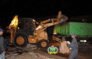 مصالح النظافة بزايو تقوم بحملة نظافة واسعة بالمركب التجاري للخضر