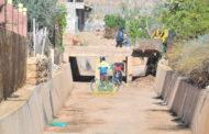 صور ..  عملية تنقية وتهيئة الأودية للوقاية من خطر الفيضانات